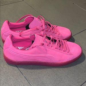 Men's pumas pink suede size 12
